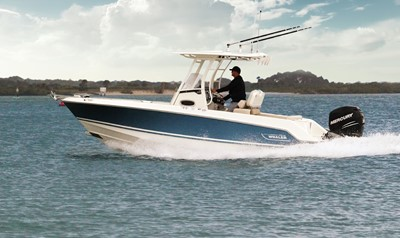 Boston Whaler 230 Outrage Titel