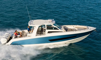 Boston Whaler 420 Outrage Titel
