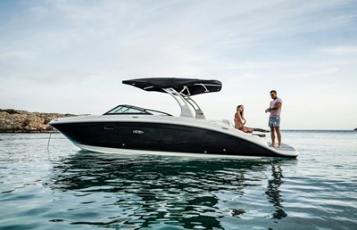 Sea Ray 270 SDXE Titelbild