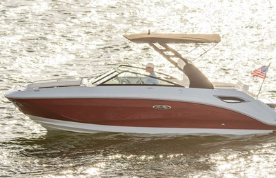 Sea Ray 250 SDX Titelbils